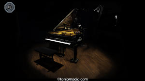 5859-Moihno Piano-WEB